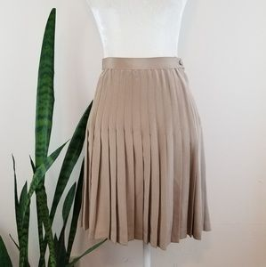 VTG Lulu Bravo Silk Pleated Skirt